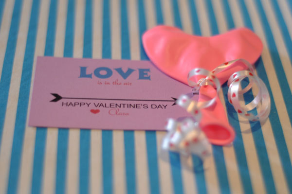 valentine card balloon and candy