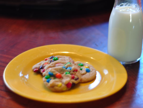 browned-butter-M&M-cookie-and-milk